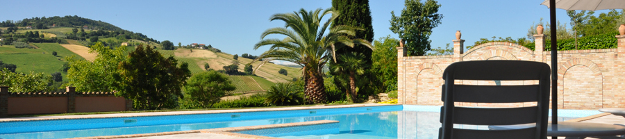 Swimming-pool with a view at Agriturismo La Campana